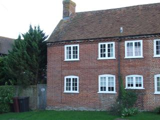 Spen's Cottage, Bosham - Bosham vacation rentals