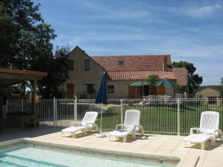 Bright Salviac vacation Gite with Internet Access - Salviac vacation rentals