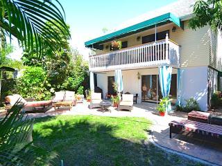Casa Van Lopik (c)- Your lush island getaway! - Siesta Key vacation rentals
