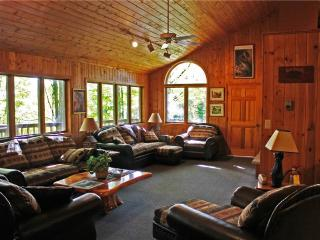 Located at Base of Powderhorn Mtn in the Western Upper Peninsula, A Large Trailside Home with Indoor Hot Tub & Sauna - Bessemer vacation rentals