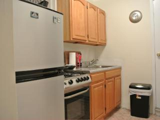 MURRAY HILL! your home.. BEAUTIFUL - New York City vacation rentals