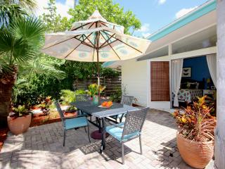 The Top  Location on Siesta Key - Gertrude's Village House - Siesta Key vacation rentals