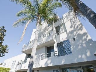 New Clark Unit! - Hollywood vacation rentals