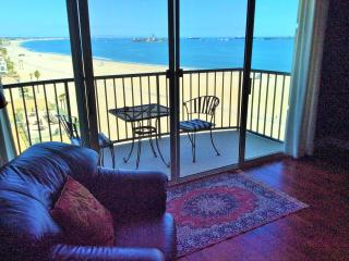 Luxury ocean view 2 bedroom apartment on the sands - Long Beach vacation rentals