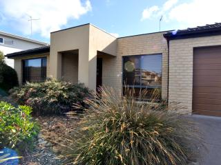 Bright Inverloch House rental with DVD Player - Inverloch vacation rentals