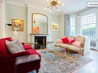 Magnificent 6 bedroom townhouse only one minute's walk from Battersea Park - London vacation rentals