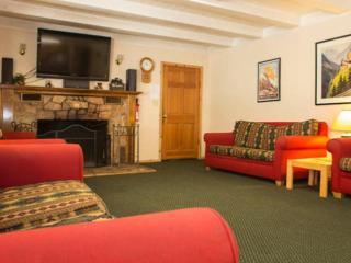 Ponderosa Vacation House permit #006050 - South Lake Tahoe vacation rentals