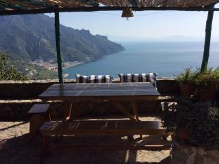 Cottage Tulipano with terrace and barbecue area - Ravello vacation rentals