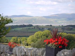 BREATHTAKING VIEWS with a HOT TUB | Bwlch Cliced - Aberystwyth vacation rentals
