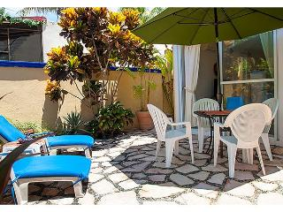 Quiet, private courtyard apartment with king bed and well equipped kitchen. - Puerto Morelos vacation rentals