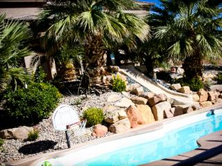 St. George Vacation Villa with pool, water slide, 8 bedrooms, theater & more! - Saint George vacation rentals