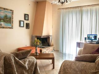 Cozy Flat in Ancient Olympia Area - Kiparissia vacation rentals