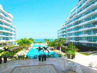 Apartamento BelloHorizonte Exotic 2 –  SMR227A - Colombia vacation rentals
