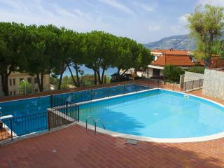 Elettra - Apt by the pool with garden and tennis - Santo Stefano al Mare vacation rentals