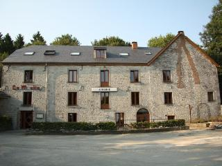 Bright 18 bedroom Gite in Blaimont - Blaimont vacation rentals