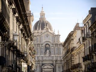 Appartamento in centro storico a catania - Catania vacation rentals