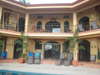 CASA MANANA  (Man yana)-YOUR  HOME AWAY FROM HOME - Uvita vacation rentals