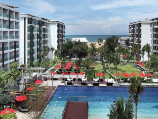 Hua Hin - Luxurious beachside condo with seaview - Hua Hin vacation rentals