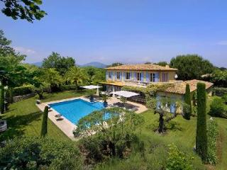 Fully serviced luxurious Villa Pearl with pool & terrace - 5 min to beach! - Saint-Tropez vacation rentals