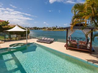 Broadbeach Waterfront  Luxury Beach house - Broadbeach vacation rentals