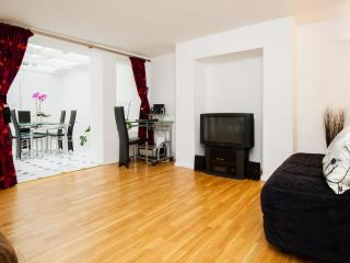 BRIGHTON HOLIDAYS Apartments Luxury self catering - Hove vacation rentals