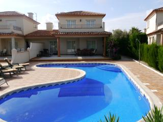Spacious Villa with Internet Access and A/C - Vinaros vacation rentals