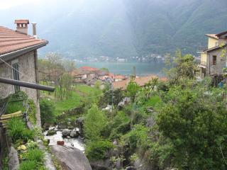 La ruota del Mulino - Nesso vacation rentals