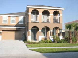 Stunning 6 Bedroom Home with Private Pool/Spa - Davenport vacation rentals