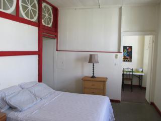Olde Caribbean Charm w/Wi-Fi! - Charlotte Amalie vacation rentals