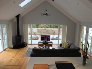 The Garden Cottage - Poole vacation rentals