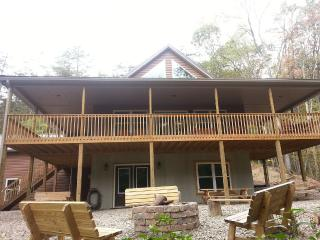 Chocolate Moose Chalet Lake Raystown Slp 20-5 Bdrm - Raystown Lake vacation rentals