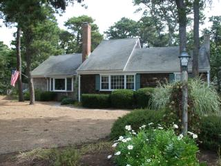3 bedroom House with Deck in Chatham - Chatham vacation rentals