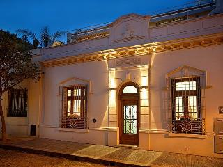 LUXURY HOUSE in PALERMO HOLLYWOOD, 5 guest 2 broom - Buenos Aires vacation rentals