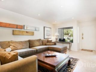 Best Location! Palm Desert Condo Steps from the Center of El Paseo! Mountain Views & Tennis - Palm Desert vacation rentals