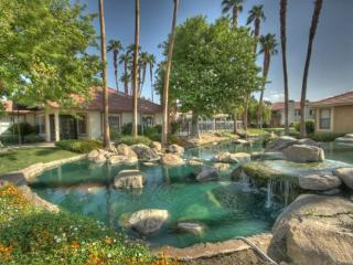 COOK211 - Palm Lakes Vacation Rental - 2 BDRM, 2 BA - Palm Desert vacation rentals