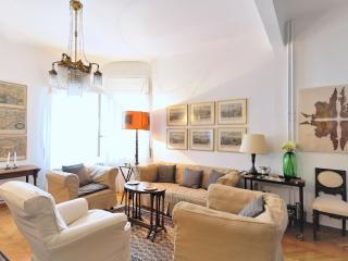 Kolonaki Classical Luxury, Wifi, Amenities, Metro - Athens vacation rentals
