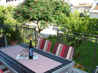 Cute & Cozy II Kastela Apartment near Split - Kastel Stari vacation rentals