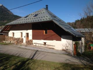 Maison Glaces & Cows: on the Farm at Col de Tamié - Plancherine vacation rentals