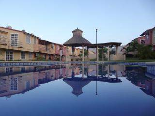 Comfortable House in Ixtapa, Mexico. - Ixtapa vacation rentals