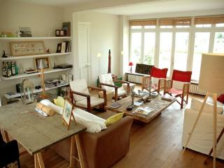 Charming House with Internet Access and Television - Saint-Briac-sur-Mer vacation rentals