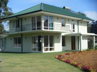 Nuwaraeliya -Lawsonsridge Holiday Villa - Nuwara Eliya vacation rentals
