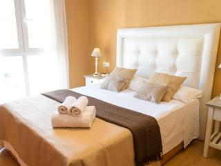LIVIN4MALAGA - CERVANTES DELUXE - Malaga vacation rentals