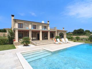 Villa Casesnovas - Pollenca vacation rentals
