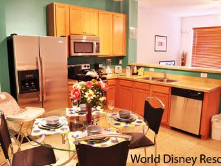 Stunning Crestwynd Resort 3 Bedroom Townhouse with WiFi - Kissimmee vacation rentals