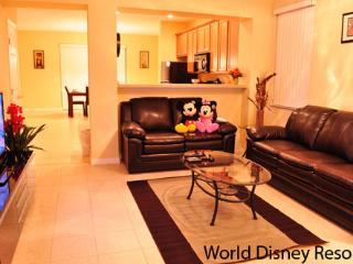 Beautiful 3 Bedroom Townhouse at Paradise Cay Resort with WiFi - Kissimmee vacation rentals