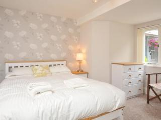 Apartment 34 Trinity Mews Trinity Hill Torquay TQ1 2ASNo 34 one bed ground floor apartment sleeping 2-3 - Torquay vacation rentals