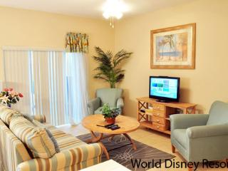 4 Bedroom Townhouse with Hot Tub at the Corla Cay Resort - Kissimmee vacation rentals