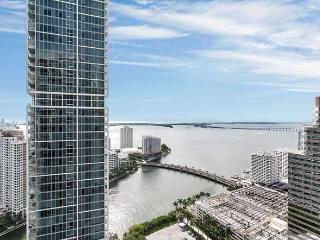 ICON/W- 2 bed/1 bath w DIRECT BAY VIEW - AVAILABLE THIS WINTER! - Miami vacation rentals