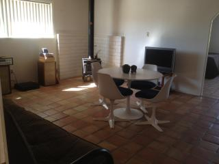 Cozy 3 Room Suite near Joshua Tree - Yucca Valley vacation rentals