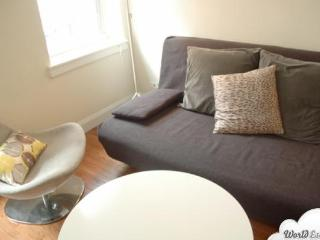 Midtown East 1BR #4 - Key 722 - New York City vacation rentals